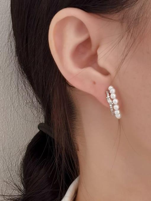 HYACINTH Brass Imitation Pearl Geometric Minimalist Stud Earring 1