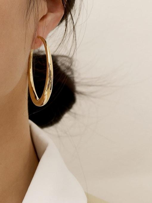 HYACINTH Brass Smooth Geometric Minimalist Hoop Earring 1