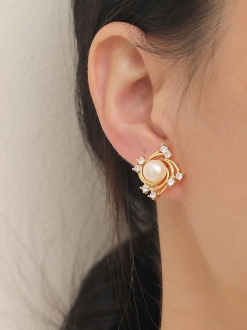HYACINTH Brass Freshwater Pearl Geometric Trend Stud Earring 1