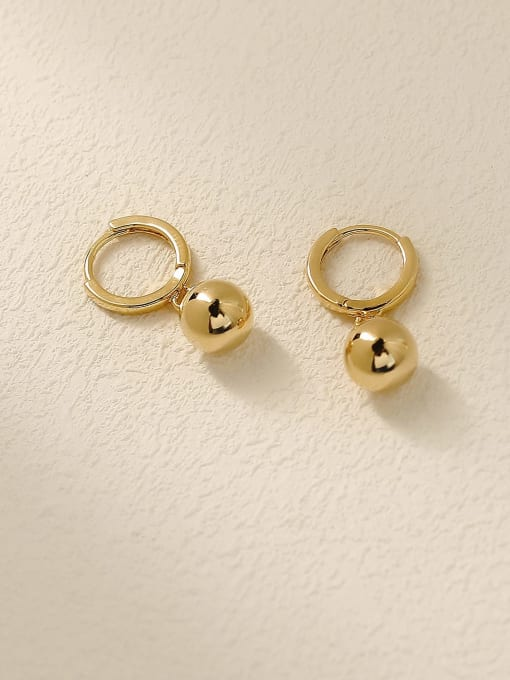 HYACINTH Brass Round Minimalist Huggie Earring 2