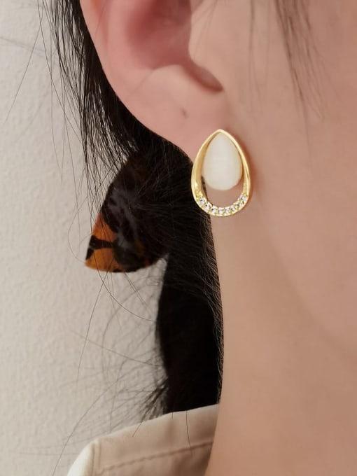 HYACINTH Brass Cats Eye Geometric Vintage Stud Earring 1