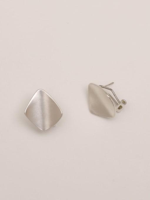 HYACINTH Brass Smooth Geometric Vintage Stud Earring 3