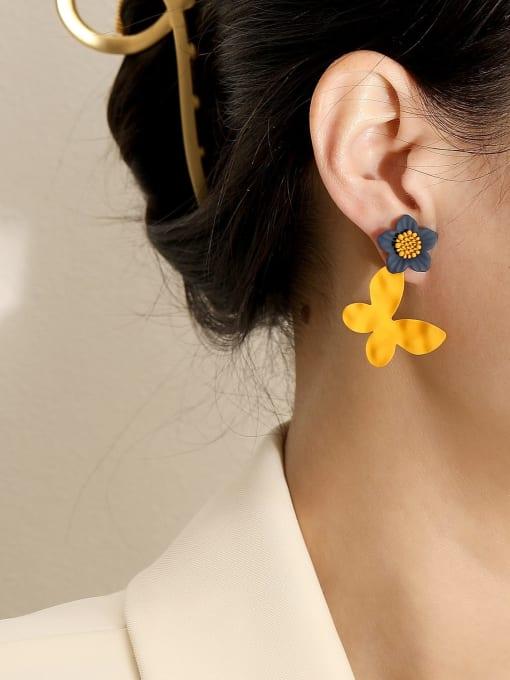 HYACINTH Brass Enamel Flower Vintage Drop Earring 1