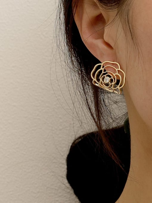 HYACINTH Brass Hollow Flower Cute Stud Earring 1