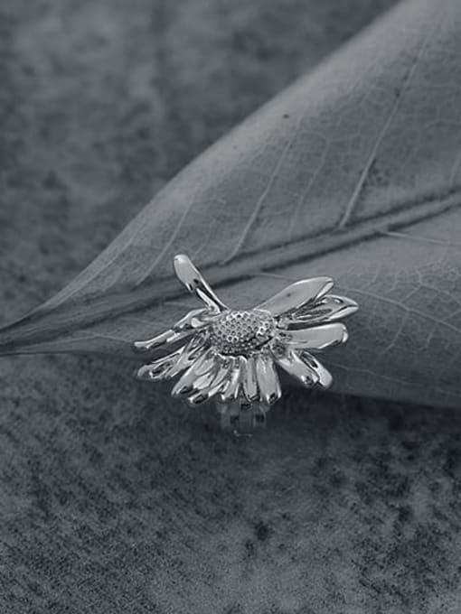 TINGS Brass Flower Vintage Single  Clip Ear Clip 1