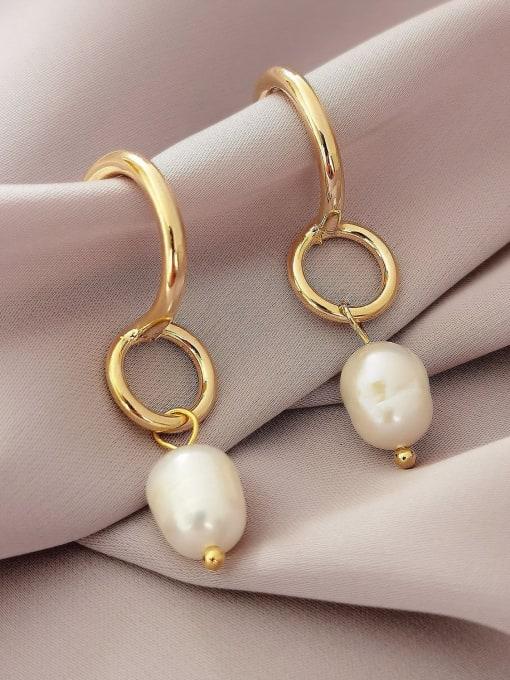 14k Gold Brass Imitation Pearl Geometric Vintage Huggie Earring