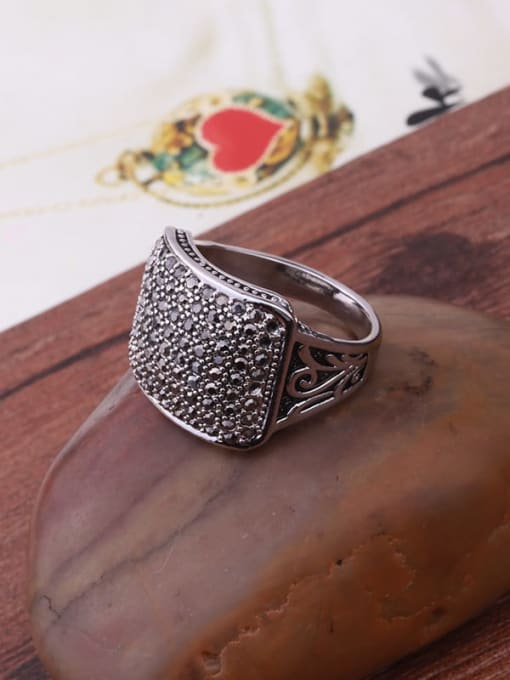 HISON Alloy Cubic Zirconia Geometric Vintage Band Ring 2