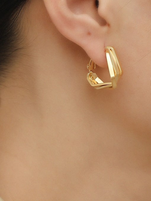 HYACINTH Brass Geometric Minimalist Huggie Earring 1