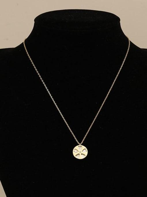 HYACINTH Brass Shell Flower Minimalist pendant Necklace 1