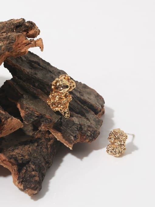 TINGS Brass Irregular Vintage Stud Earring 2
