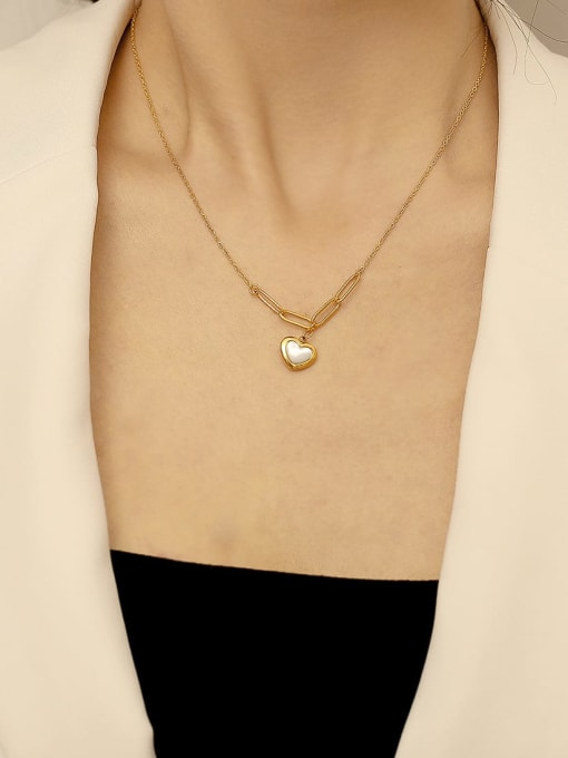 HYACINTH Brass Shell Heart Minimalist  Pendant Necklace 1