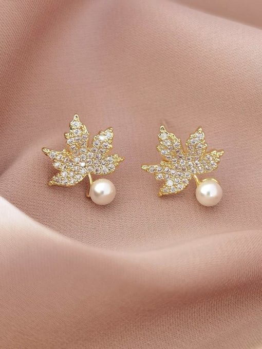 HYACINTH Brass Cubic Zirconia Leaf Vintage Stud Earring