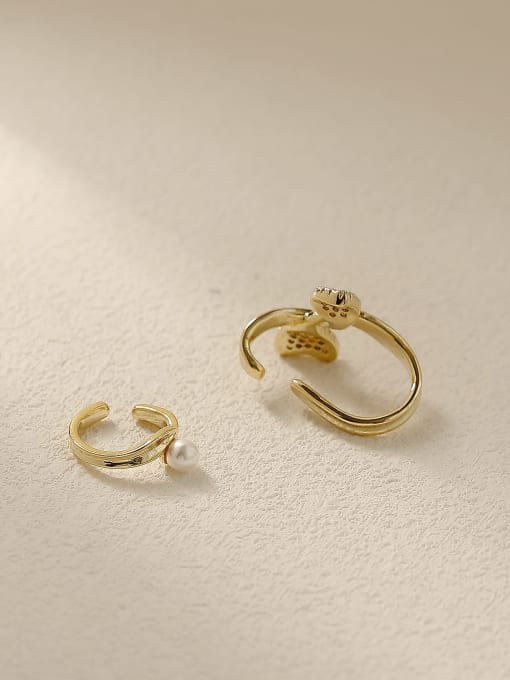 HYACINTH Brass Cubic Zirconia Asymmetry Flower Vintage Clip Earring 3