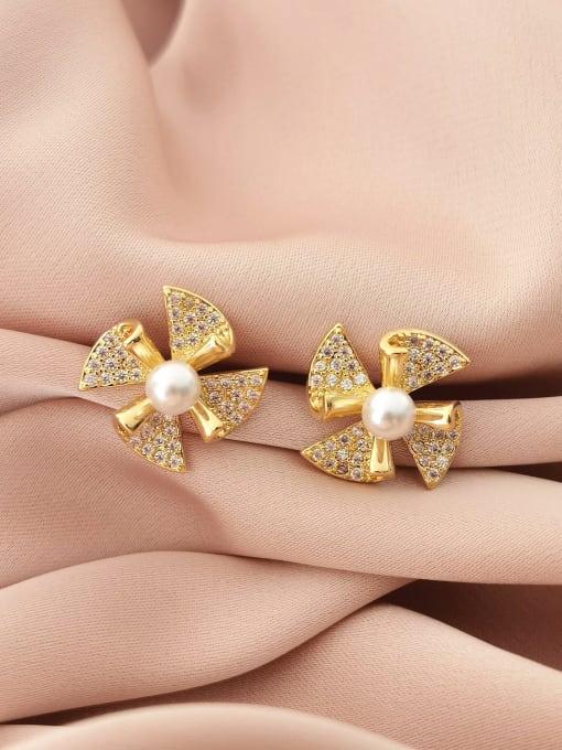 HYACINTH Brass Cubic Zirconia Clover Minimalist Stud Earring 2