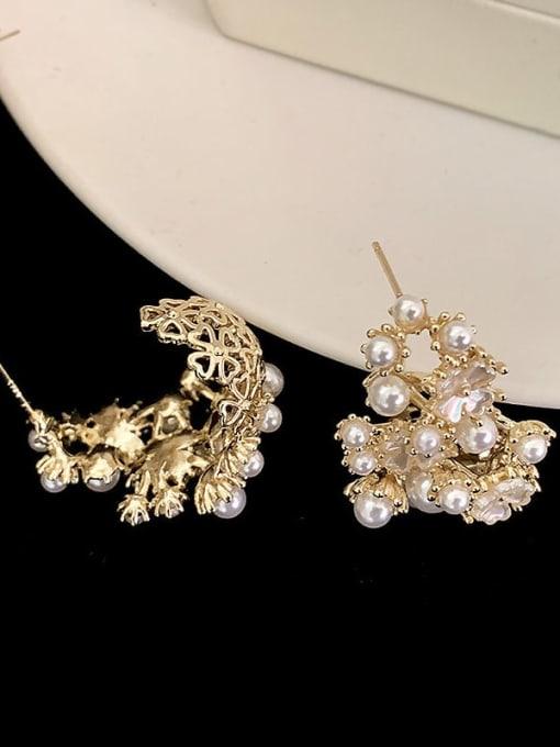 SUUTO Brass Imitation Pearl Flower Hip Hop Stud Earring 2