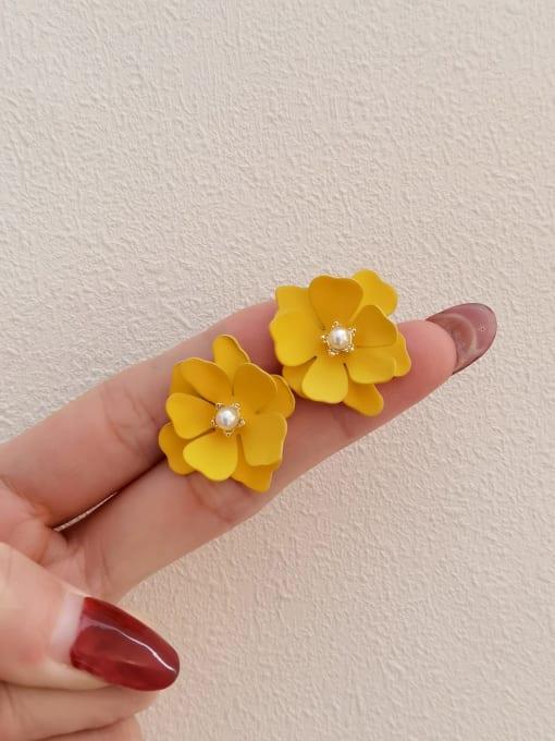 HYACINTH Brass Enamel Flower Vintage Stud Earring 2