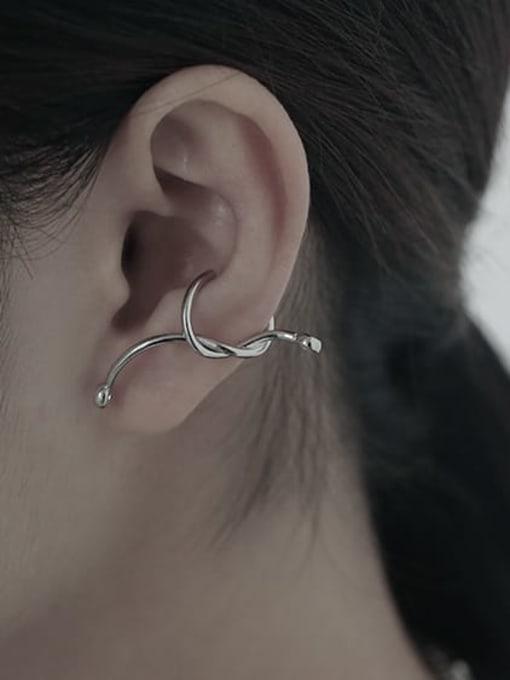TINGS Brass Bowknot Hip Hop Single Earring 1