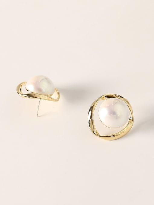 HYACINTH Brass Imitation Pearl Round Vintage Stud Earring 3