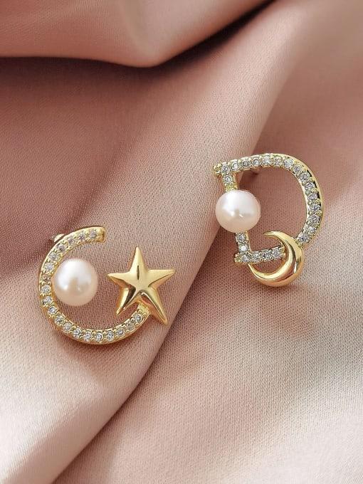 HYACINTH Brass Cubic Zirconia Heart Minimalist Stud Earring