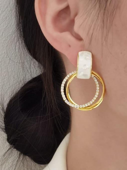 HYACINTH Brass Shell Geometric Minimalist Clip Earring 1