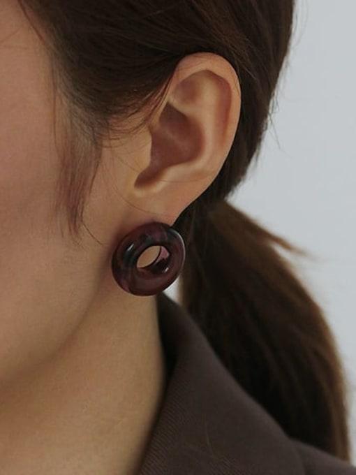 Single sale of violet Coloured Glaze Round Vintage Stud Earring( Single)