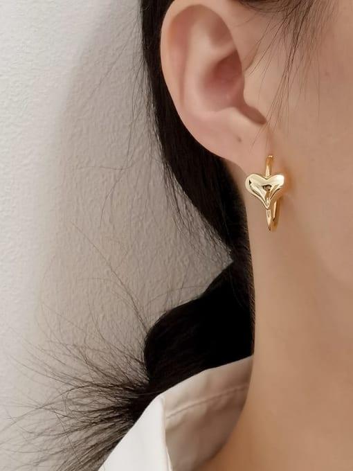 HYACINTH Brass Heart Minimalist Huggie Earring 1