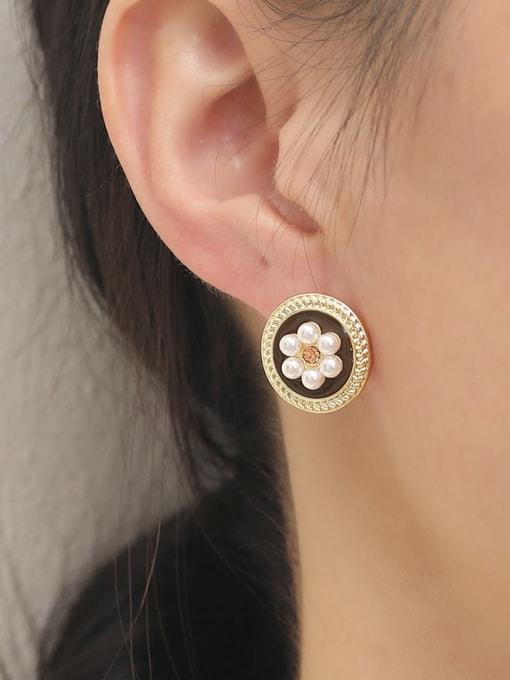 HYACINTH Brass Imitation Pearl Flower Vintage Stud Earring 1