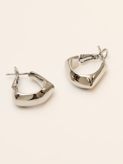 White K Brass Smooth Geometric Vintage Stud Earring