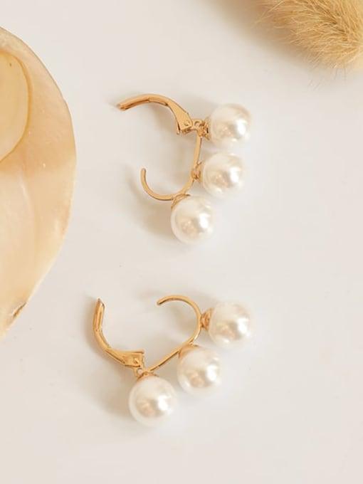 Five Color Brass Freshwater Pearl Geometric Hip Hop Huggie Earring 0