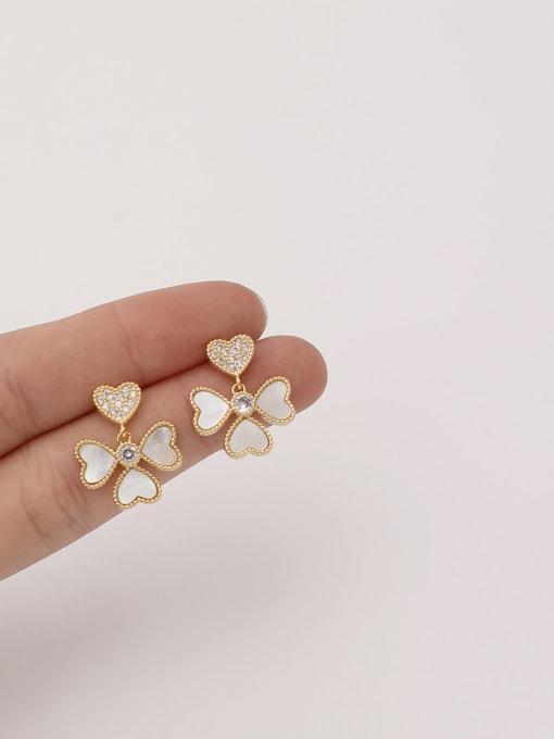 HYACINTH Brass Shell Flower Minimalist Stud Earring 1