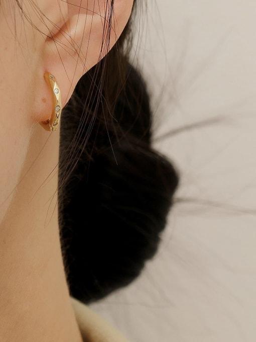 HYACINTH Brass Geometric Vintage Huggie Earring 2