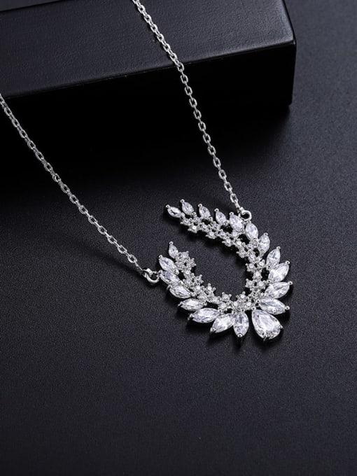 white Brass Cubic Zirconia Oval Vintage Necklace