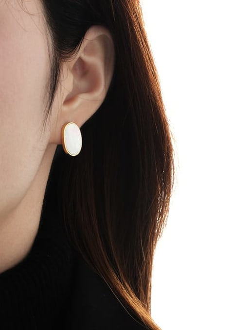TINGS Brass Shell Geometric Minimalist Stud Earring 1