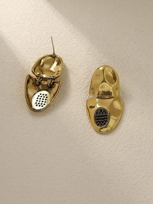 HYACINTH Brass Irregular Vintage Stud Earring 3