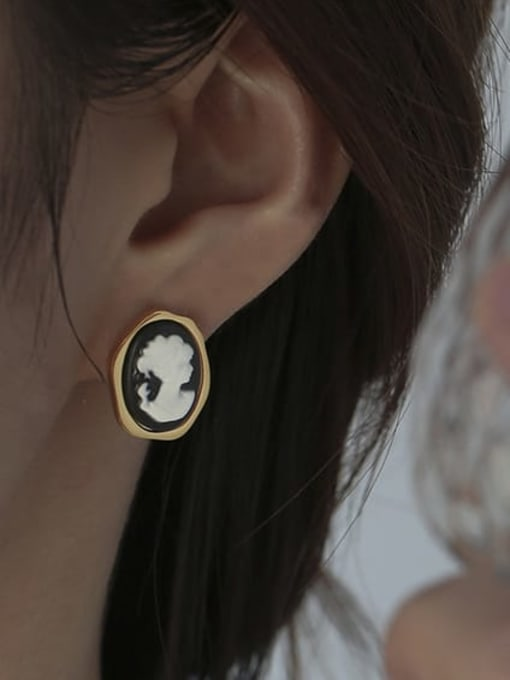 ACCA Brass Acrylic Round Vintage Stud Earring 1