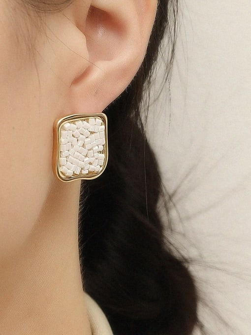 HYACINTH Brass Geometric Minimalist Stud Earring 1