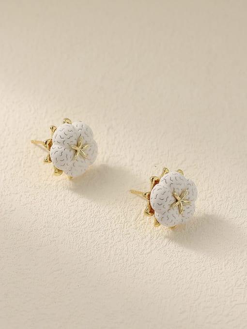HYACINTH Brass Resin Flower Minimalist Stud Earring