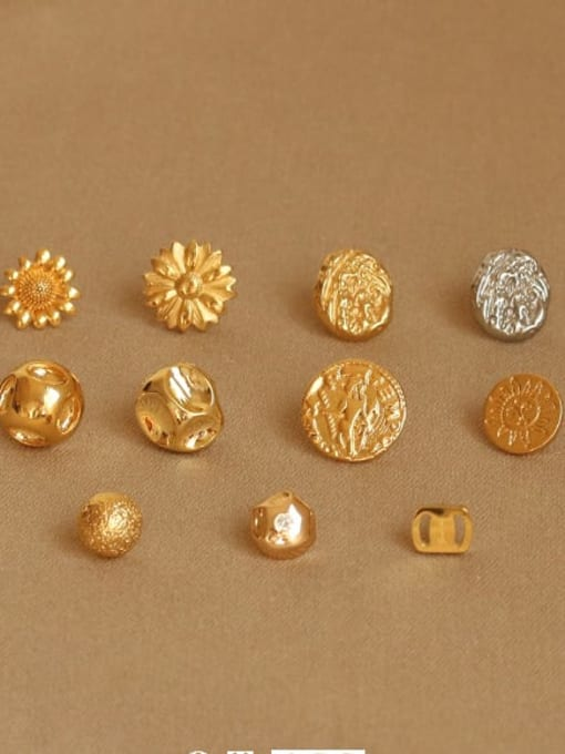 ACCA Brass Round Vintage Stud Earring