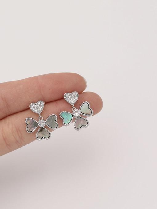 HYACINTH Brass Shell Flower Minimalist Stud Earring 2