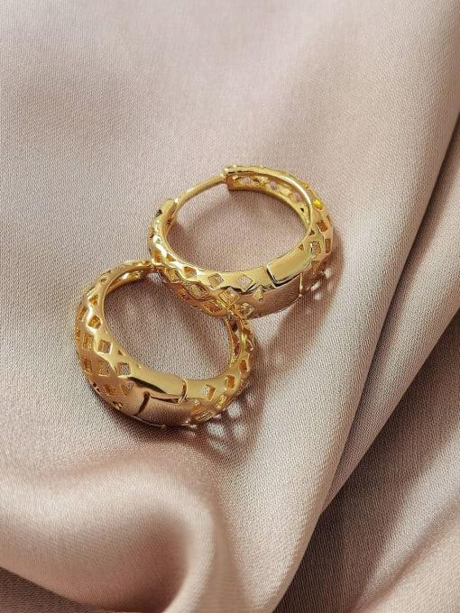 HYACINTH Brass Hollow Geometric Vintage Huggie Earring 2