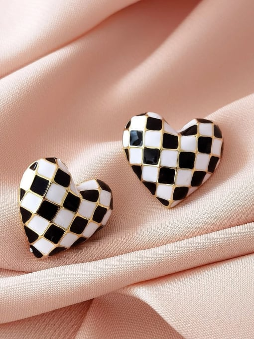 14k Gold Brass Enamel Heart Vintage Stud Earring