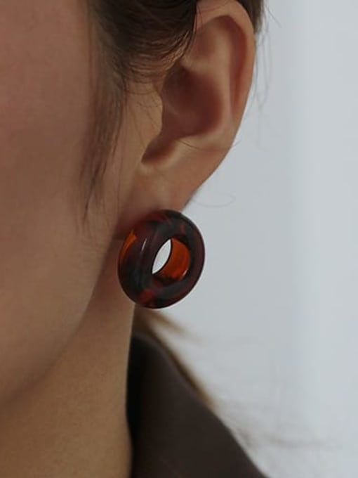Caramel single sale Coloured Glaze Round Vintage Stud Earring( Single)