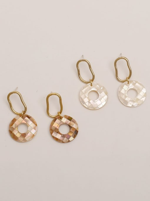 HYACINTH Brass Acrylic Round Vintage Stud Earring