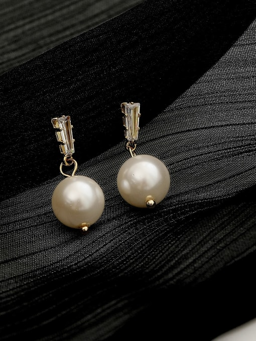 White Pearl 10mm Brass Cubic Zirconia Geometric Minimalist Drop Trend Korean Fashion Earring