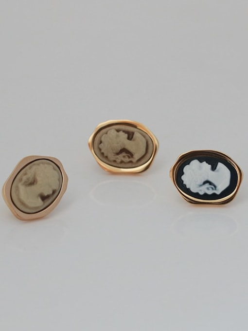ACCA Brass Acrylic Round Vintage Stud Earring 4