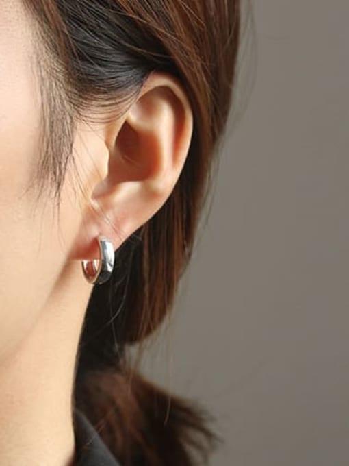 ACCA Brass Smooth Geometric Minimalist Huggie Earring 3