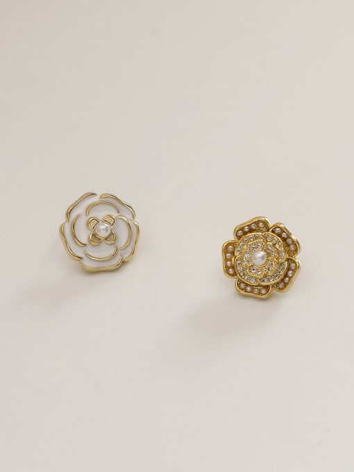 HYACINTH Brass Enamel Flower Vintage Stud Earring 4