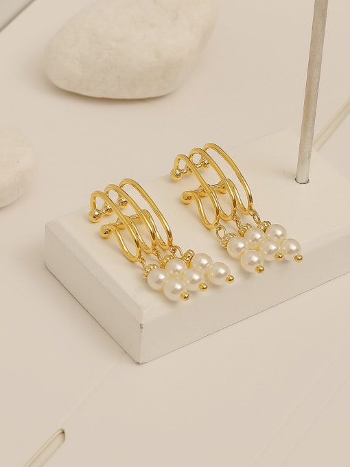 14k Gold Brass Imitation Pearl Tassel Vintage Clip Earring