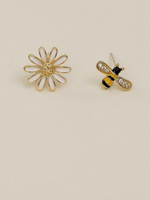 chrysanthemum asymmetric Earrings Copper Rhinestone Enamel Cute chrysanthemum Bee asymmetric Stud Earring