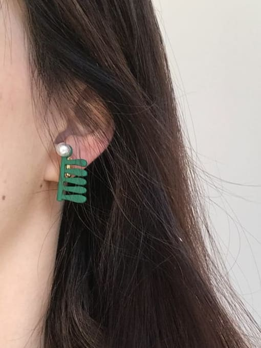 Five Color Alloy Geometric Cute  Comb Stud Earring 1